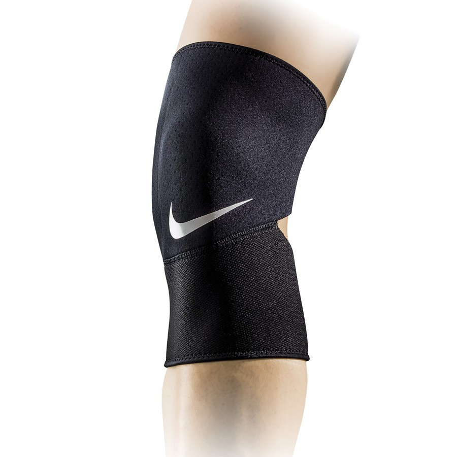 Nike Pro Closed Patella Knee Sleeve